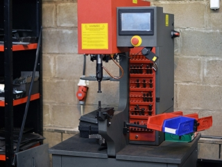 Haeger Hardware Insertion Machine 618