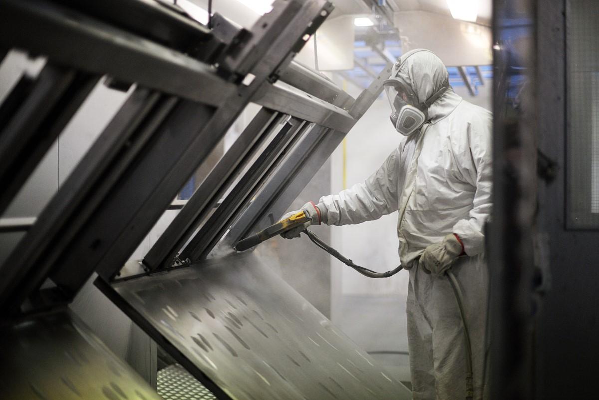 Metalo gaminių dažymas ir dekoravimas kaina